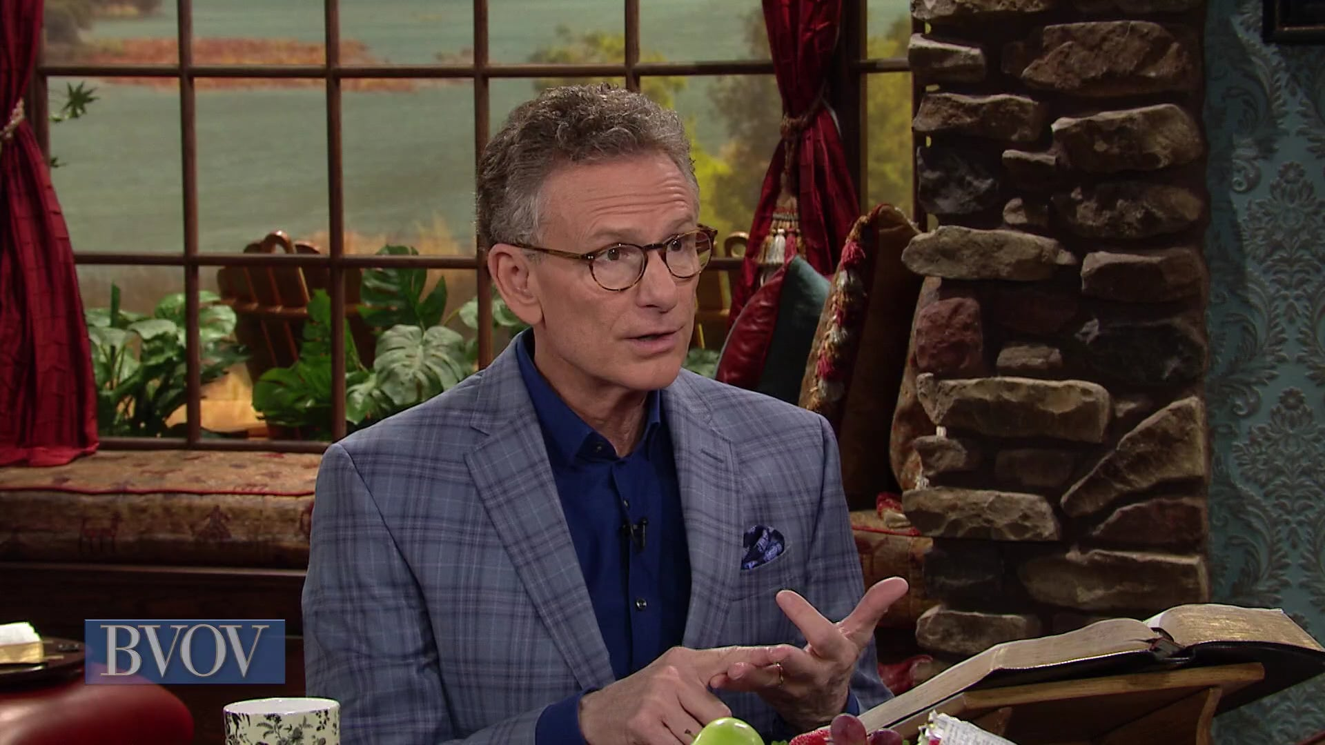 You can have bulldog faith that bites down on the Word of God and doesn't let go! In this episode of Believer's Voice of Victory, Gloria Copeland and George Pearsons will show you how to get aggressive in your faith and take the promises of God without wavering.