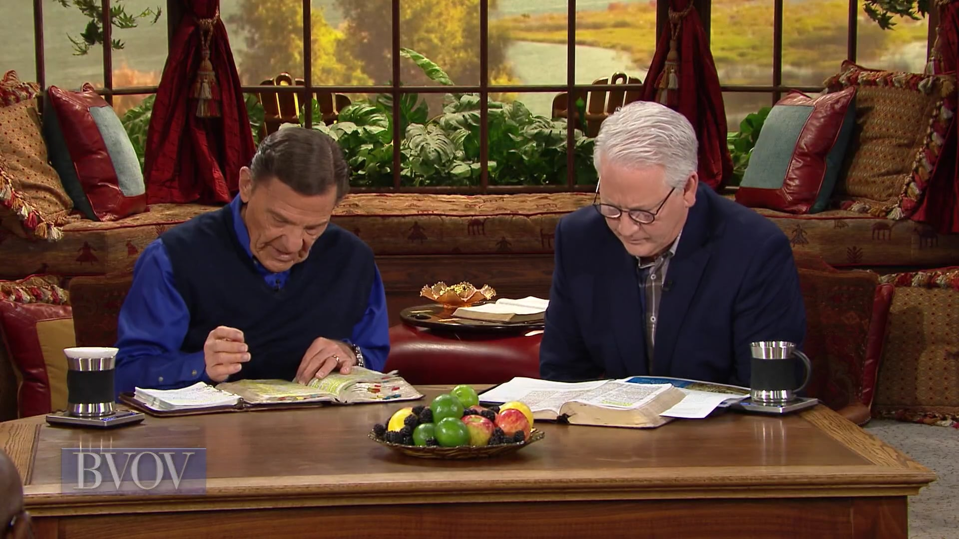Watch Believer's Voice of Victory as Kenneth Copeland and Professor Greg Stephens share about the covenant of BLESSING and healing that belongs to you as soon as you are born again. No matter what part you play in the Body of Christ, THE BLESSING is in your covenant!