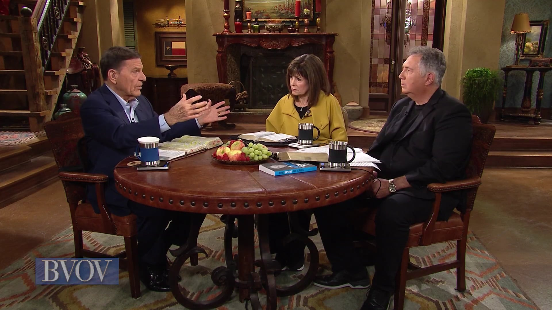 Before David could win the victory over Goliath, he had to win the war of words! Join Kenneth Copeland, with Mark and Trina Hankins, on Believer's Voice of Victory as they discuss the importance of using words of faith to express yourself. See why you should never run at your giant with your mouth shut!