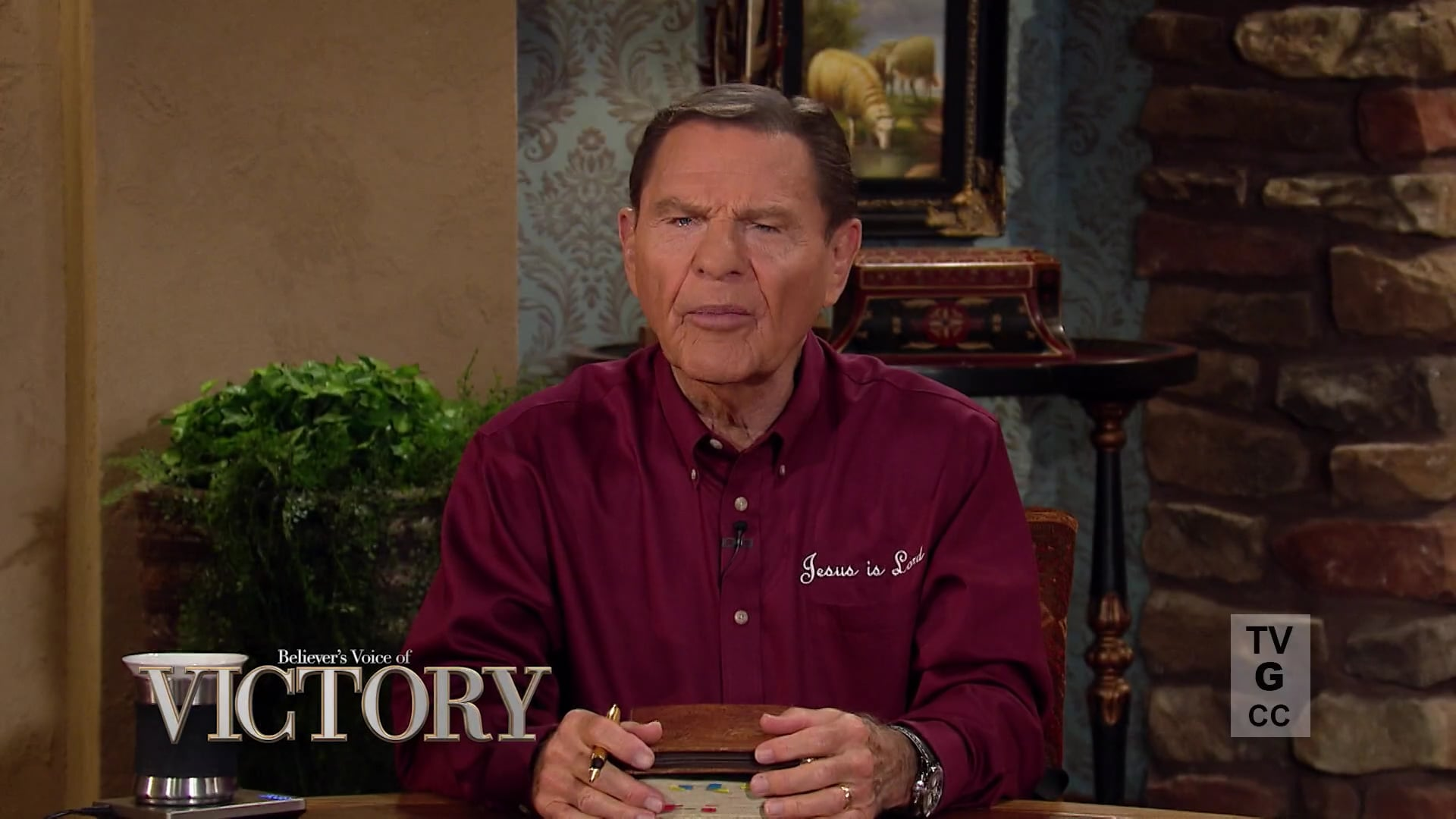There are limitations to be conquered and strongholds to be broken! Watch Believer's Voice of Victory as Gloria Copeland and George Pearsons share about the power of renewing your mind. Total immersion in God's WORD will take the limits off your faith and change your circumstances!
