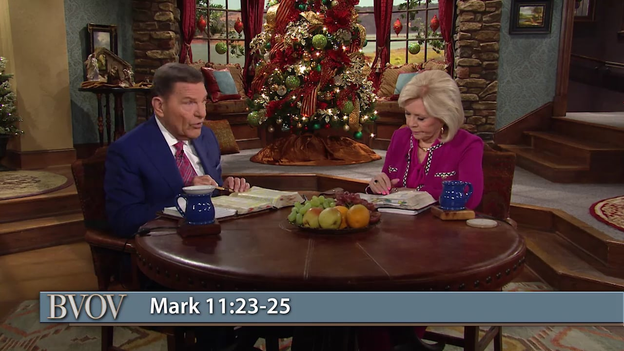 Join Kenneth and Gloria Copeland this Christmas Eve on Believer's Voice of Victory as they discuss the simplicity of faith. Discover how faith and hope are two different spiritual forces—knowing how they work together is key! Learn to use the blueprint of faith to bring what you're hoping for into full manifestation!