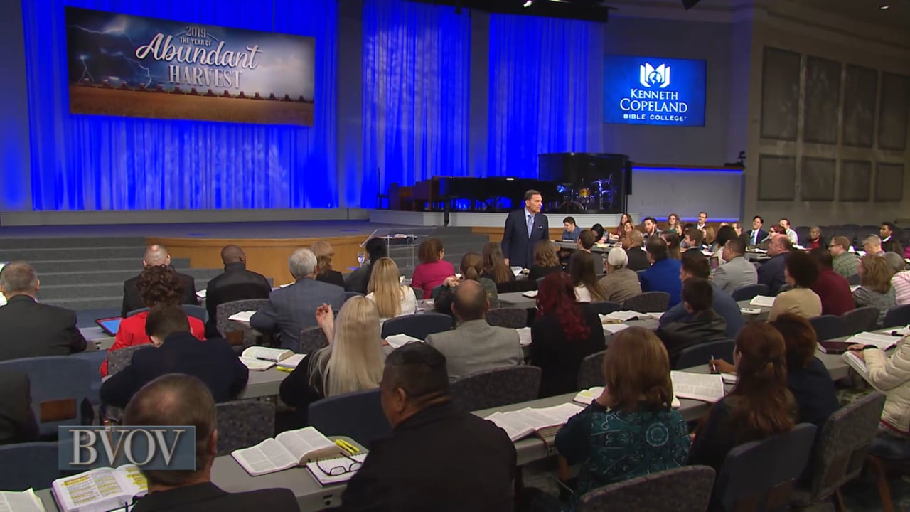 You can know what to do in any situation! Watch Believer's Voice of Victory as Kenneth Copeland shares how THE BLESSING will anoint you to fight your battles and prosper even in famine. Learn how to respond to persecution and receive the fullness of THE BLESSING, as you move from faith to faith and glory to glory!