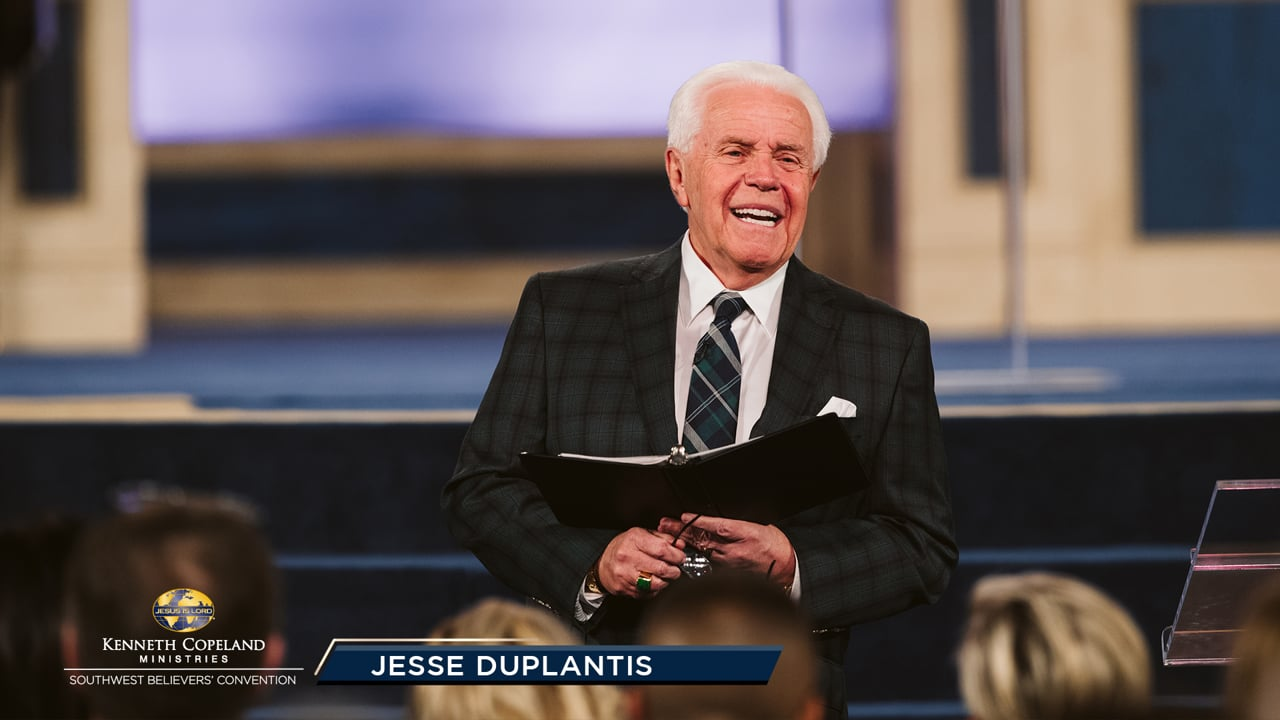 """In this 2019 Southwest Believers' Convention session, Jesse Duplantis contrasts launching into deep waters of faith verses """"playing it safe"""" in the shallow end. When will you allow Jesus to handle your """"deep""""? A new world opens when you trust God and sail past old landmarks. Fear not and launch out!"""