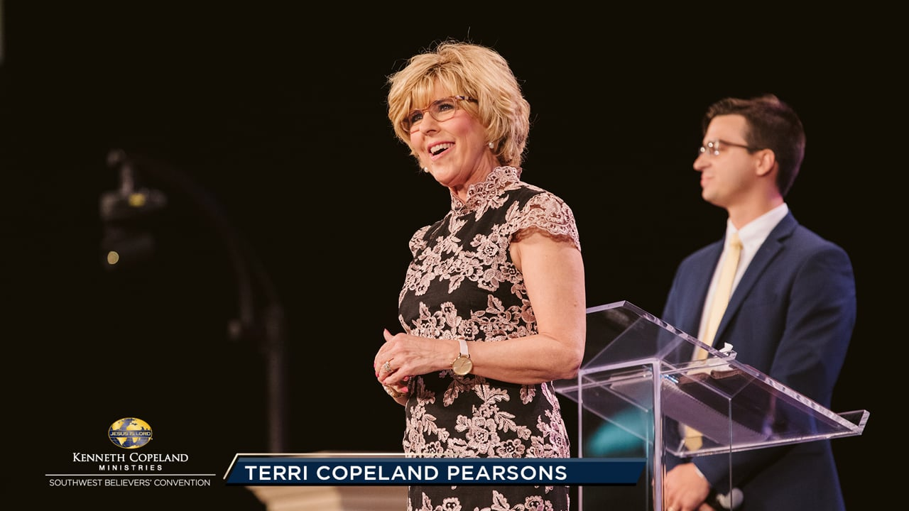 At the 2019 Southwest Believers' Convention, Holden Hanley gives his testimony and what happened when he asked God to teach him to pray. Ps. Terri Copeland Pearsons prays THE BLESSING over the convention attendees; to keep growing in grace and building their homes on the rock of revelation!