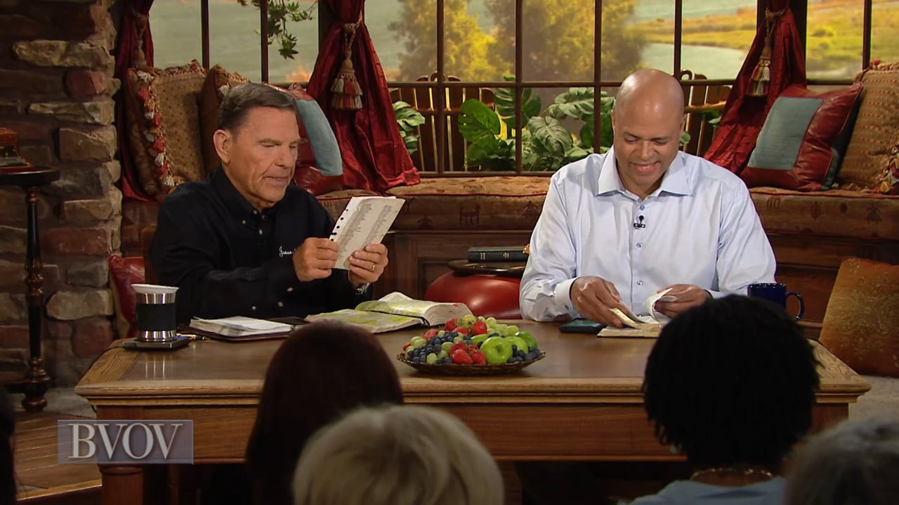 If you sit or stand for six to eight hours each day, this broadcast is for you! Watch Believer's Voice of Victory as Kenneth Copeland and Dr. Avery Jackson discuss why God prescribes joy, laughter and exercise to fight disease. The way you treat your mind and body will greatly determine your effectiveness for The LORD!
