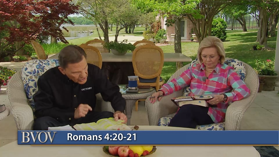 Why aren't all Christians enjoying the promises of God? Watch Believer's Voice of Victory as Kenneth and Gloria Copeland share why you can't receive Abraham's BLESSING with Thomas' faith. Even in troubled times, you should expect great and marvelous things—not the worst-case scenario. Set your sights on health, healing, finances and strong relationships--and receive your promises with faith!
