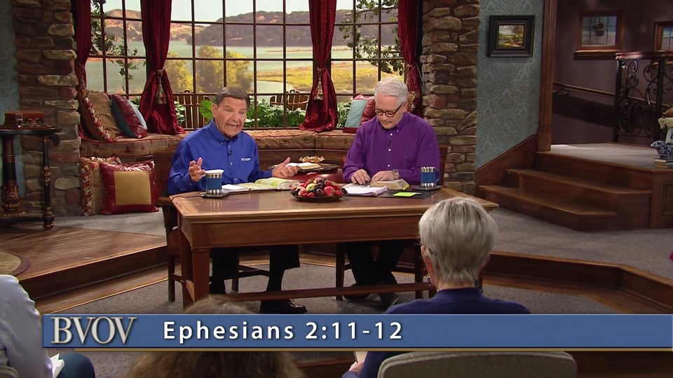 In Christ, there is hope and a promise in every situation! Join Kenneth Copeland and professor Greg Stephens on Believer's Voice of Victory as they discuss why God has not forgotten His covenant with those who put their trust in Jesus. Everything you'll ever need is found in God's covenant of promise with you!