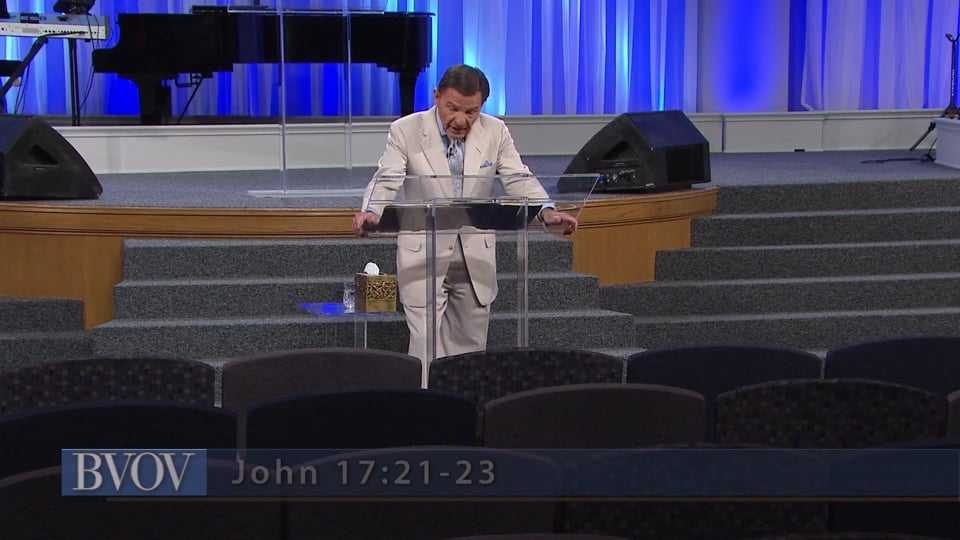 Do you have a sin consciousness? Watch Kenneth Copeland on Believer's Voice of Victory as he shares about the importance of fully acknowledging your right-standing with God in order to renew your mind to righteousness. When you're convinced of His love for you, nothing can stop your victory!