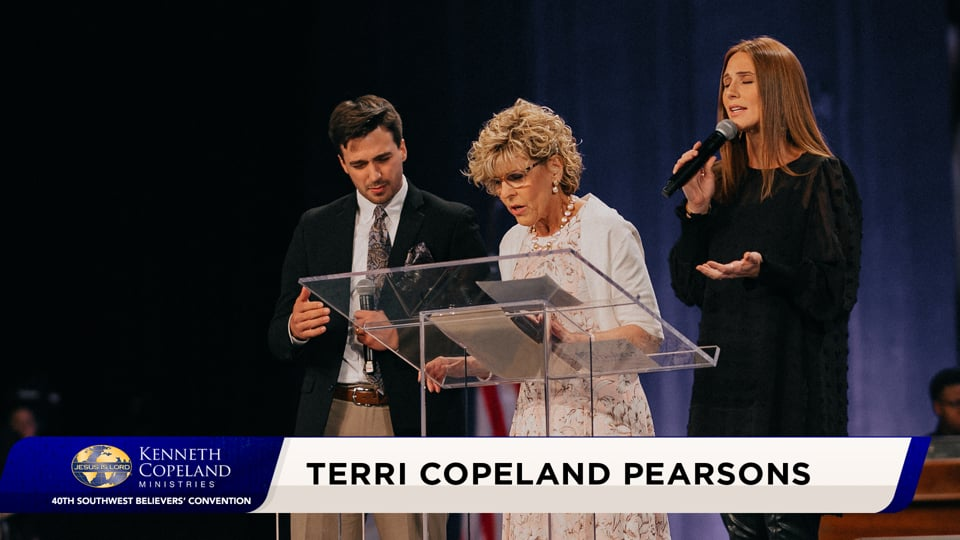 At the 2020 Southwest Believers' Convention, Ps. Terri Copeland Pearsons teaches about God being light. Hear fresh insight about light being a release from inside God to the outside, a revelation and the building block for the rest of creation. Spiritual light is God revealing His character to our spirits.