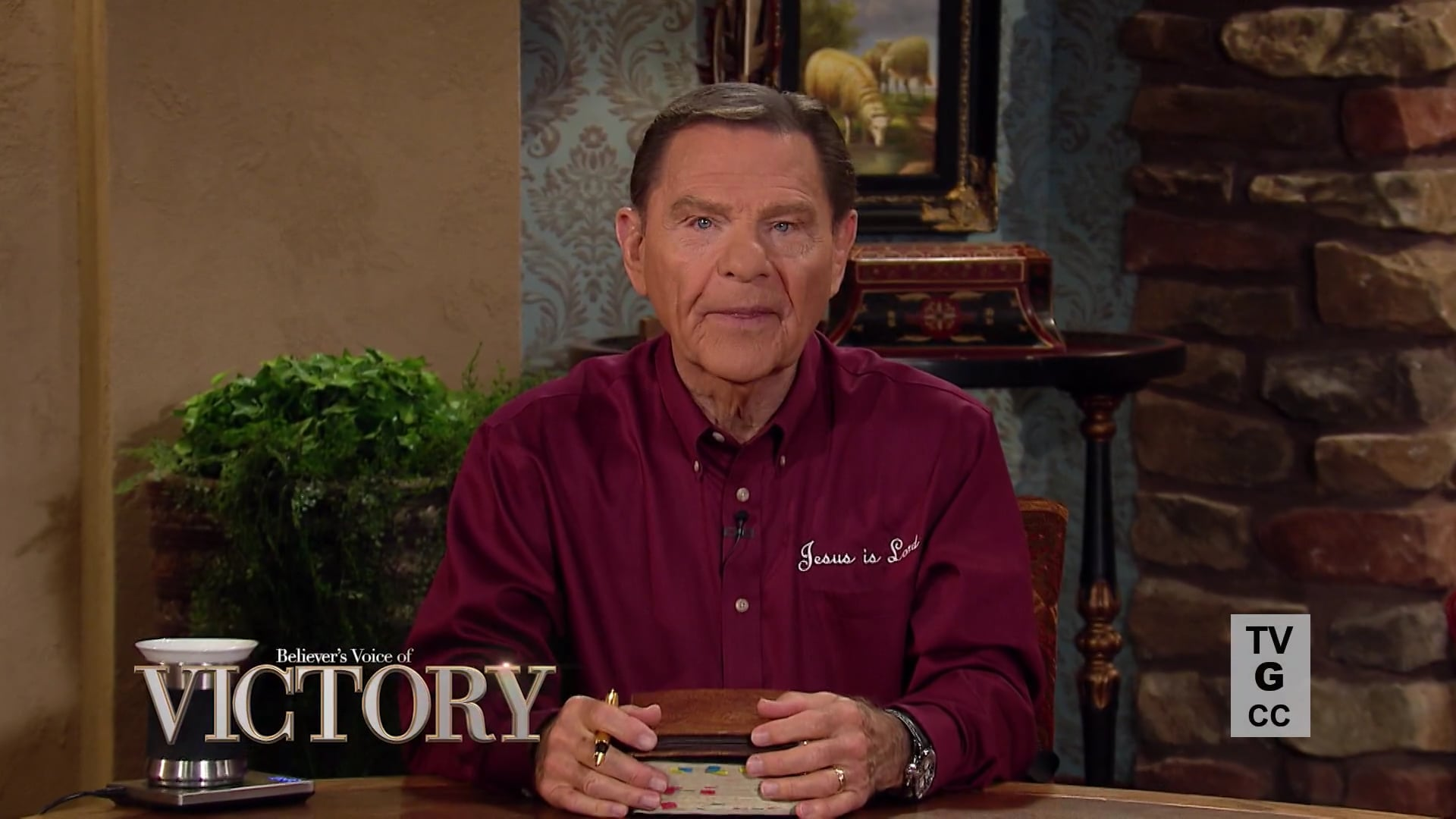 It's up to us to stop the sin of strife now! Watch Believer's Voice of Victory as Kenneth Copeland teaches why the spirit of division, contentions, arguments and anything else that stirs up strife is the work of the devil. Discover how choosing to obey God's WORD will bring unity and peace as only He can give!