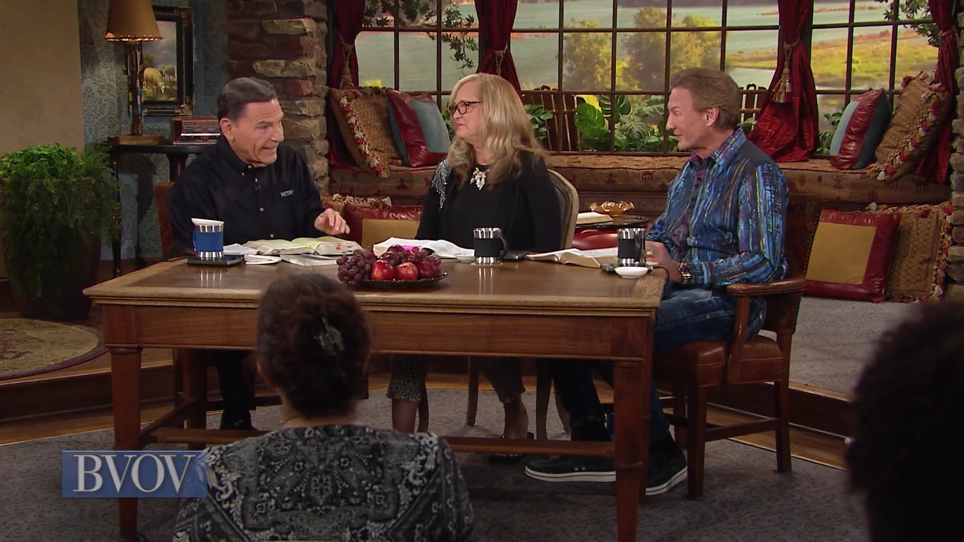 Watch Kenneth Copeland, with Dr. Don and Mary Colbert on Believer's Voice of Victory as they discuss how praying early in the morning is the kind of prayer that changes everything. Listen in as Mary shares why rising up early to speak to your Father in the cool of the day will open the door to amazing moments with Him.
