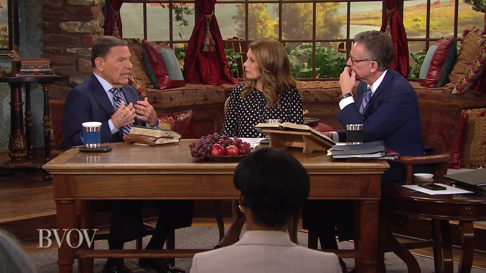 Who are the presidential candidates? Watch Kenneth Copeland, Michele Bachmann and George Pearsons on Believer's Voice of Victory as they discuss why understanding the two party platforms will help you know what each candidate stands for and how they view God.