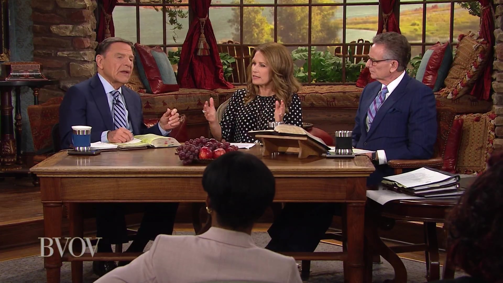 Watch Believer's Voice of Victory as Kenneth Copeland, Michele Bachmann and George Pearsons discuss the difference between putting America first and pursuing globalism. Learn the depth of the assault on America's core values via socialism, COVID-19 and globalism. Your vote in November can change the course of this nation!