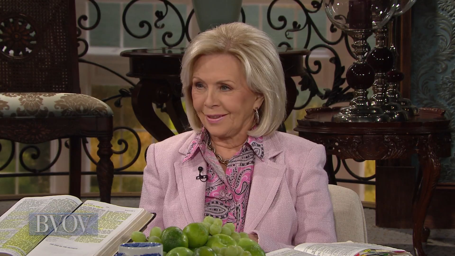 If you're a tither, the windows of heaven are open over you! Watch Gloria Copeland and George Pearsons on Believer's Voice of Victory, as they share how a tither can expect a great flood of every kind of provision. Don't close the windows—tithe and expect to be showered with blessing after blessing!
