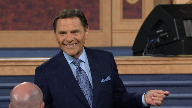 As Kenneth Copeland closes out the final session of the 2016 Southwest Believers' Convention, he encourages us to let Jesus, our High Priest, be the developer of our faith. As we spend time in The WORD regarding our situation, we can go to Jesus to give us the words to pray and then speak our desired end results.