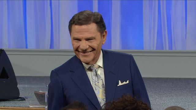 Stop the fear brought on by the lies of the enemy! Kenneth Copeland shares on Believer's Voice of Victory how Satan undermines your trust in the love that God has for you and incites fear by stealing God's WORD from your mouth.