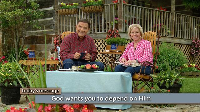 What is the real definition of love? Watch Kenneth and Gloria Copeland on Believer's Voice of Victory explain what the God kind of love really looks like and how it unlocks the door to THE BLESSING in your life!