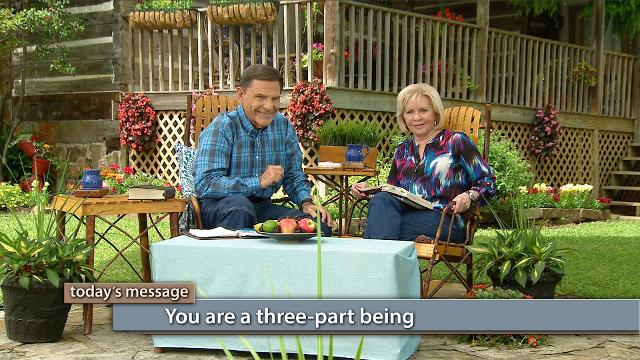 Mountain-moving faith goes forward in the knowledge of God's love and takes the victory! Watch Kenneth and Gloria Copeland on Believer's Voice of Victory as they explain how your faith operates by: love received and love given away.