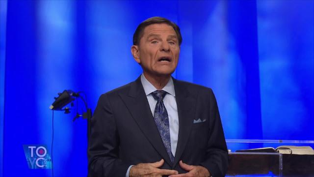 Hear the integrity of the written Word of God as Kenneth Copeland teaches in the opening session of the 2017 Toronto Victory Campaign. God's promises are His bond - He stands by them. We can trust His Word to bring life and healing when we apply it to our lives.