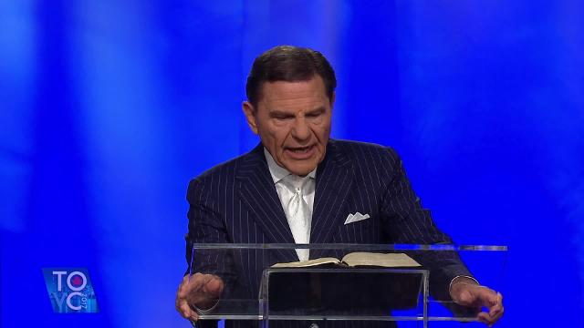 Hear about the laws of the Spirit as Kenneth Copeland teaches the Friday evening offering message during the 2017 Toronto Victory Campaign.