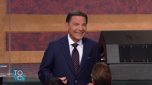 Watch this Friday morning session and let faith come as you hear Kenneth Copeland share a message on being a partaker of the heavenly calling.