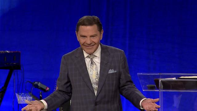 Kenneth Copeland shares with his Partners about living in the anointing at the 2017 Living Victory Anaheim meeting, Sept. 8-9, 2017. Jesus lives in us and enables us to be carriers of the anointing. Hear more of this message during the Friday morning session in Anaheim, Calif.