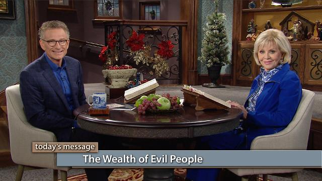 The supernatural wealth transfer is part of our harvest! Watch Gloria Copeland and Pastor George Pearsons on Believer's Voice of Victory explain how reserves of the wealth of evil people have been stored up for the just. Now, it's time for us to believe and receive the supernatural wealth transfer!