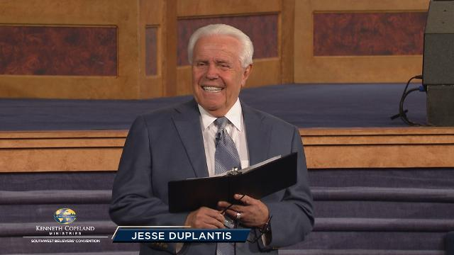 What kind of hearer are you? Join Jesse Duplantis at the 2018 Southwest Believers' Convention as he teaches the difference between listening and hearing. To become a faith giant, you have to focus on the responsibility of hearing God with your heart. Faith comes by hearing, not having heard!