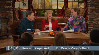 Living in Divine Health Q & A With Dr. Don Colbert